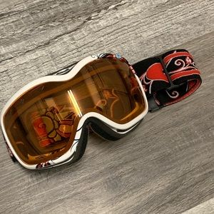 Oakley women's goggles